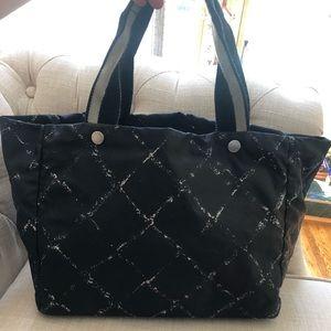 Chanel tote $285